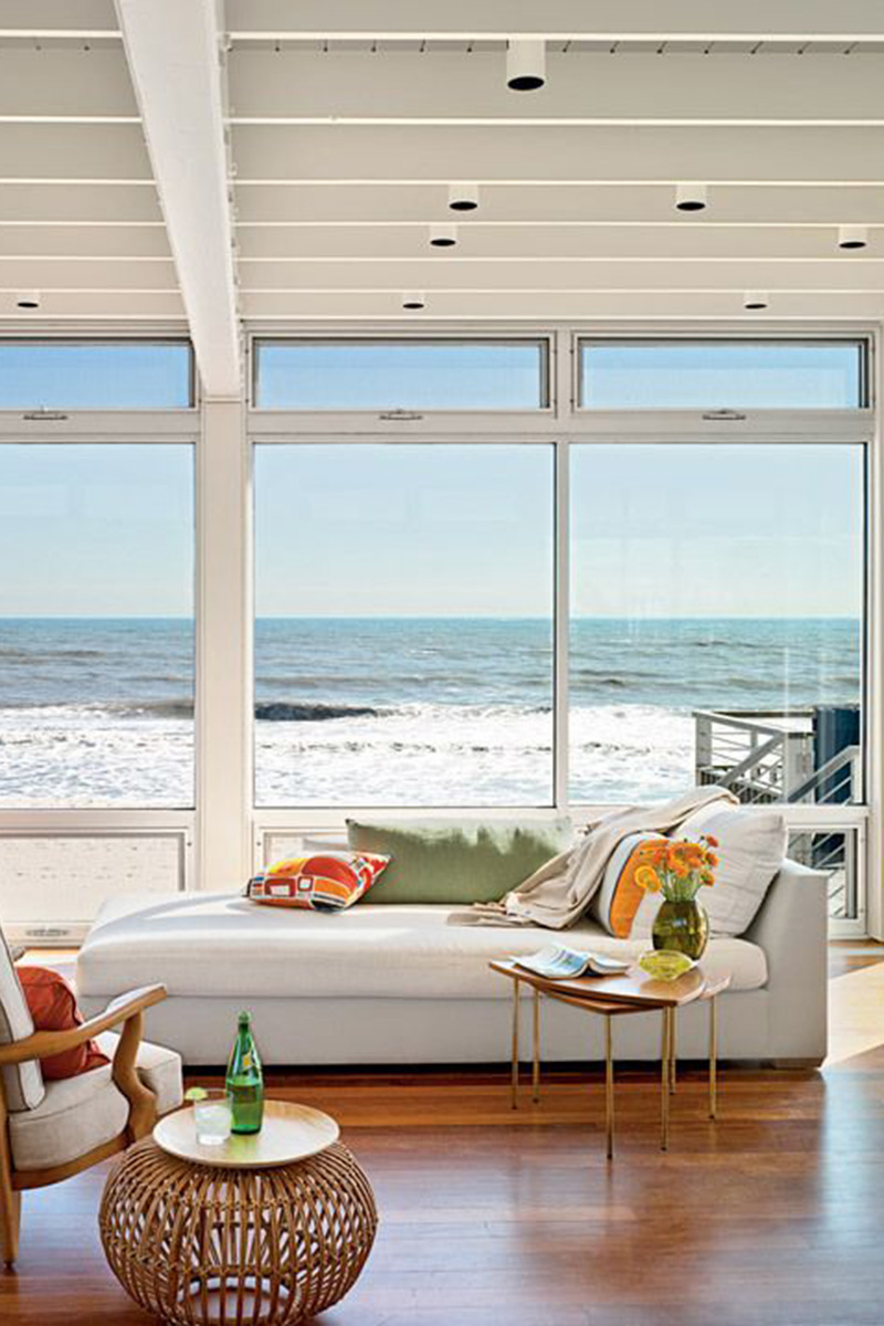 Link Roundup - How to Decorate a Beach House - Interior ...