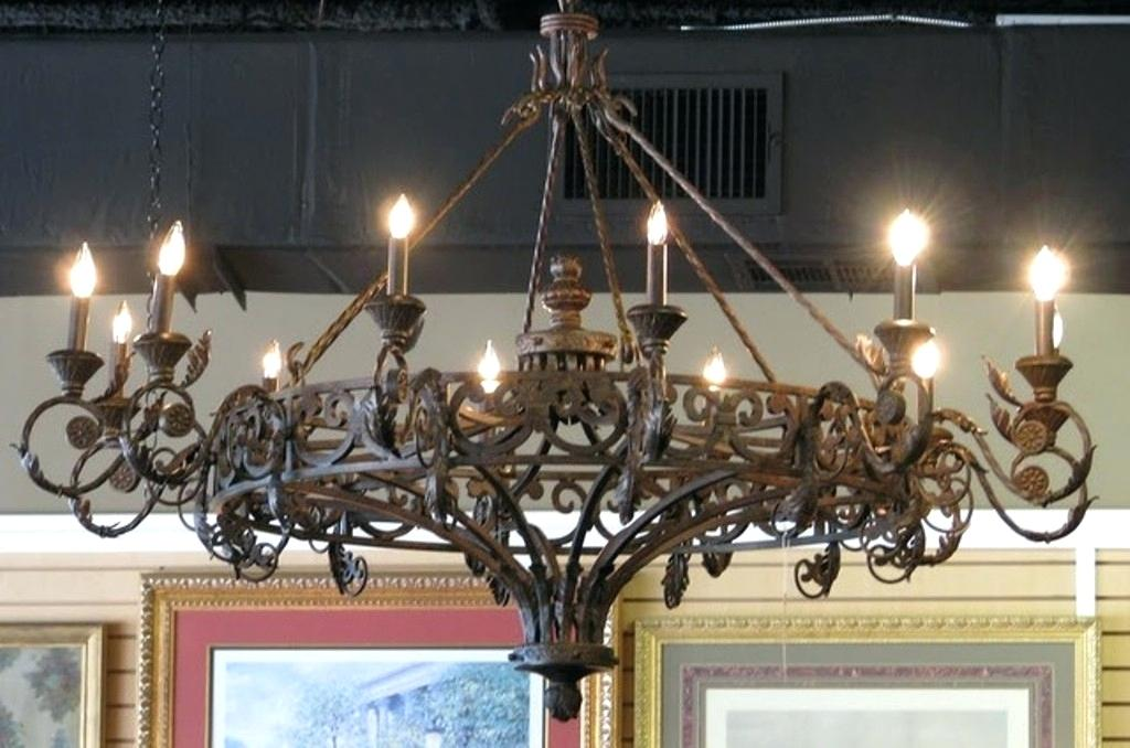 Wrought Iron Chandeliers A Staple For The Cliest Homes